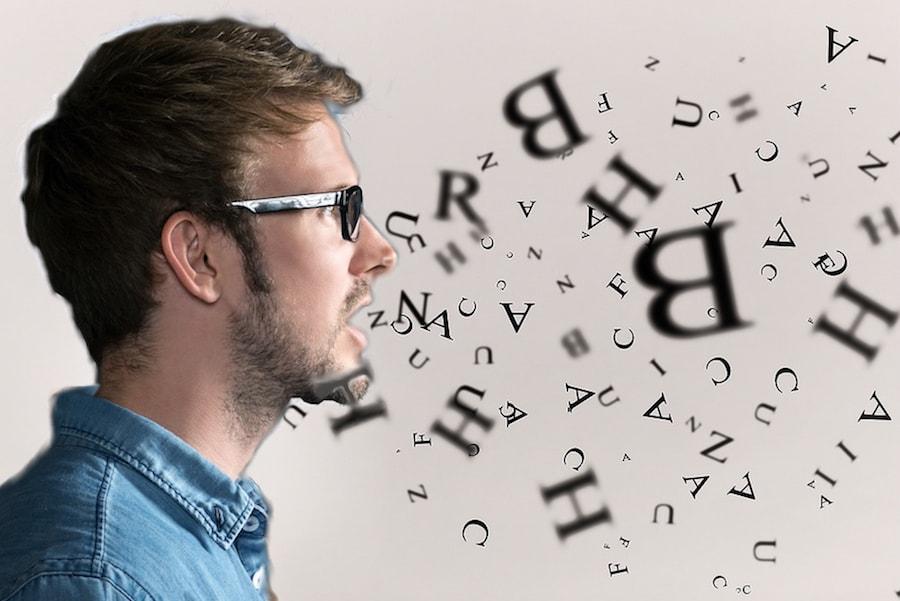 英語を話している画像